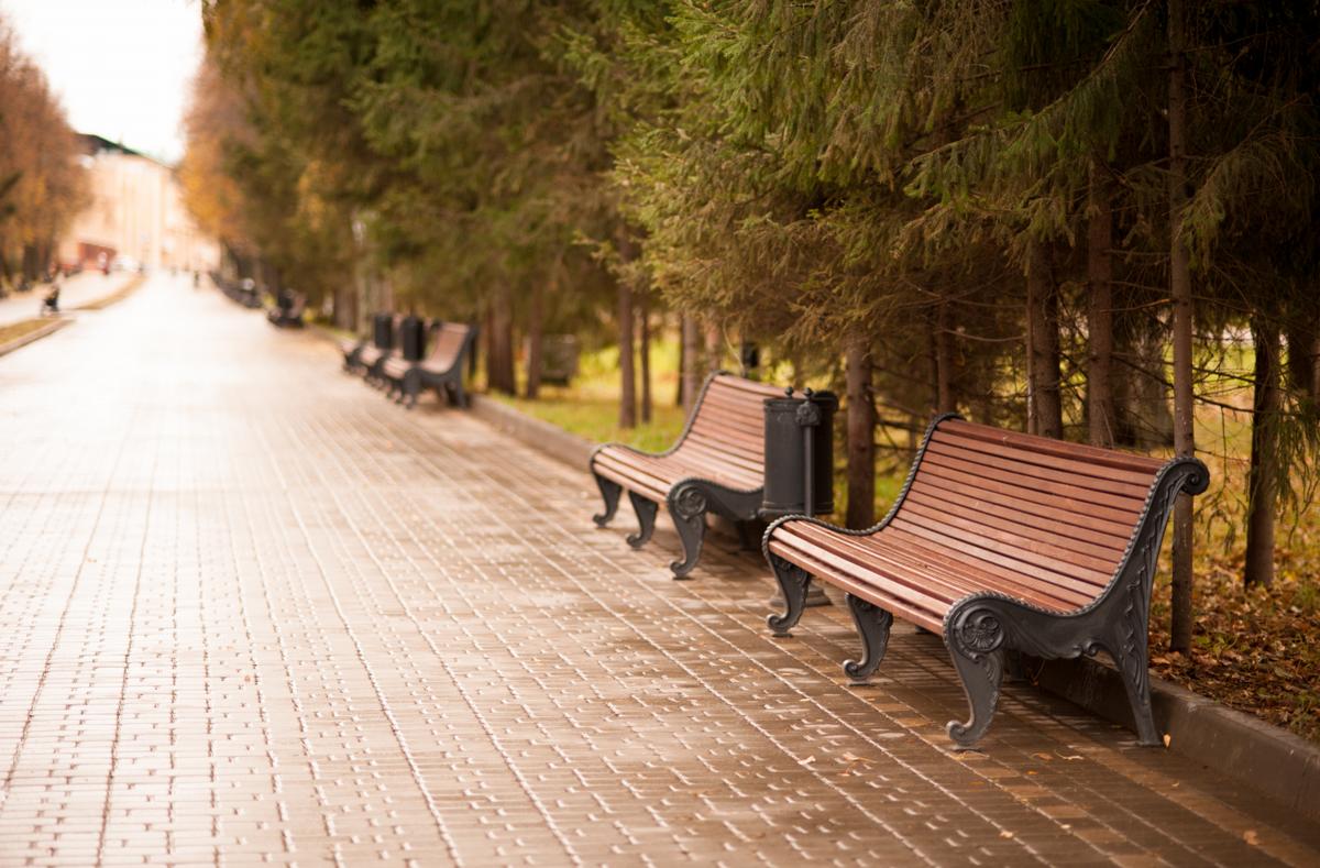 уличные и парковые чугунные скамейки купить в компании